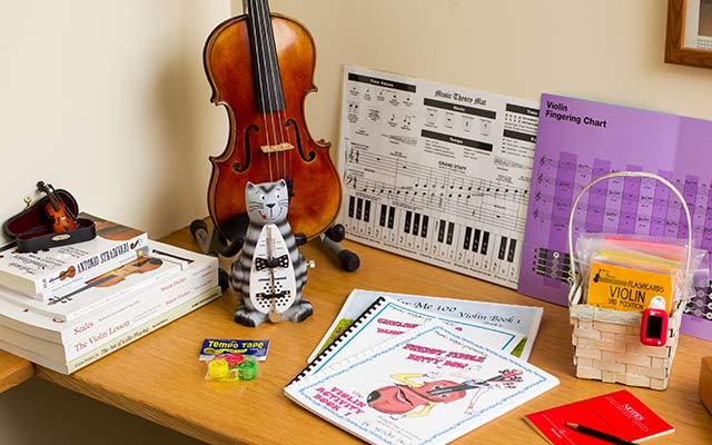 Assorted instrument accessories